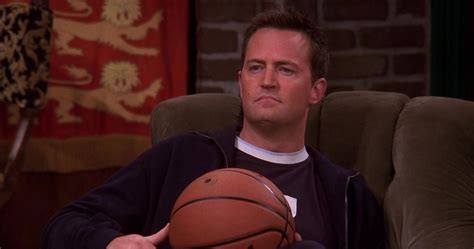 Friends: 10 Most Annoying Things Chandler Ever Did