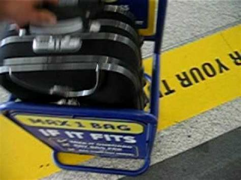 Ryanair hand baggage - SEE IF IT FITS - YouTube